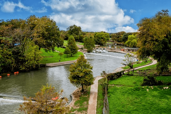 should you retire in New Braunfels